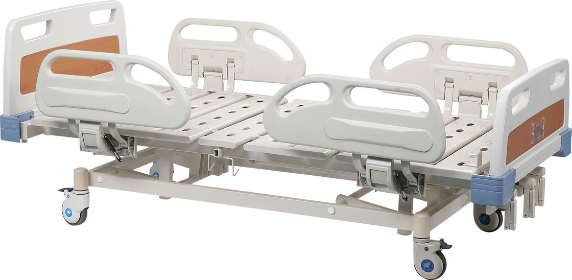 Three Cranks Manual Hospital Patient Bed For Emergency , Moving Hospital Bed